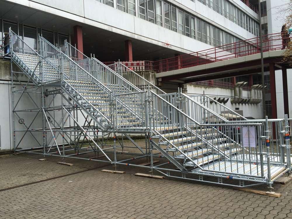 Gerüstbau Bunzel Bielefeld - Treppentürme